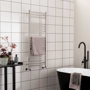 Vogue Chube towel radiator in chrome made of stainless steel