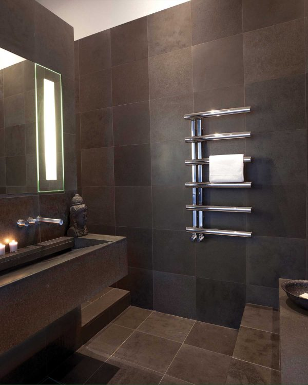 Bisque Chime Mirror Finish, Towel radiator mirror finish lifestyle