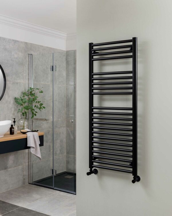 Vogue Focus towel radiator, satin black