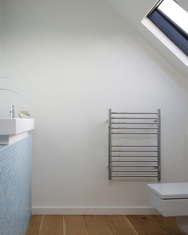 JIS Ouse Towel Radiator Lifestyle